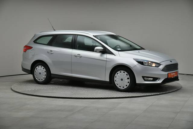 Ford Focus 1.5 TDCI DPF Trend-360 image-26