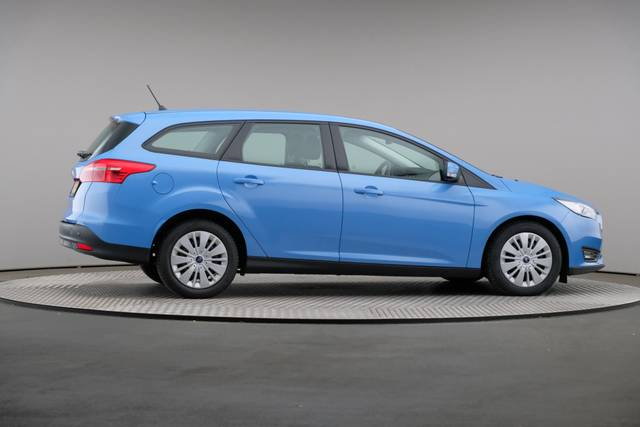 Ford Focus 1.5 TDCi Lease Edition Wagon, Automaat, Navigatie-360 image-22