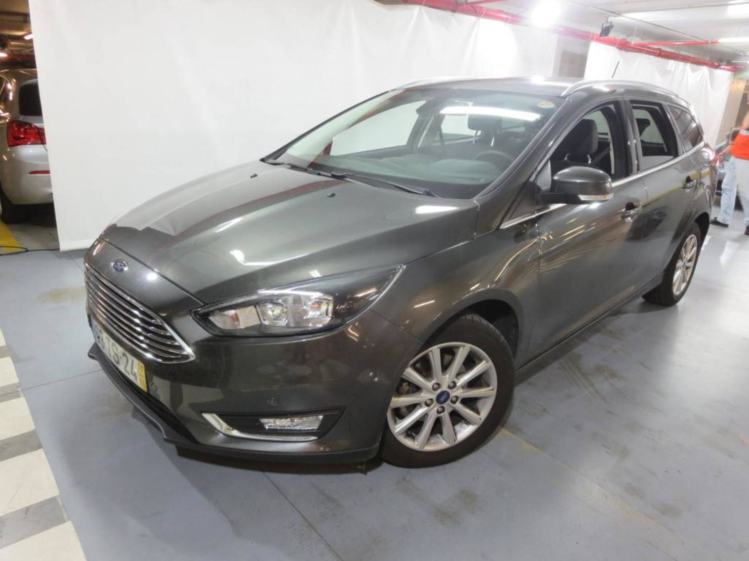 Ford Focus Turnier 1.5 TDCi DPF Start-Stopp-System, Titanium detail1