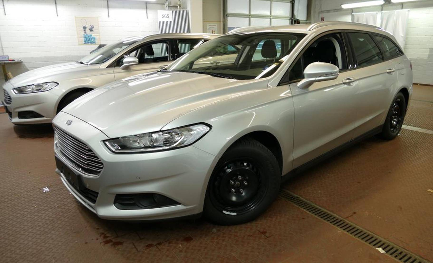 Ford Mondeo Turnier 2.0TDCi BusinessEdition STANDHZG detail1