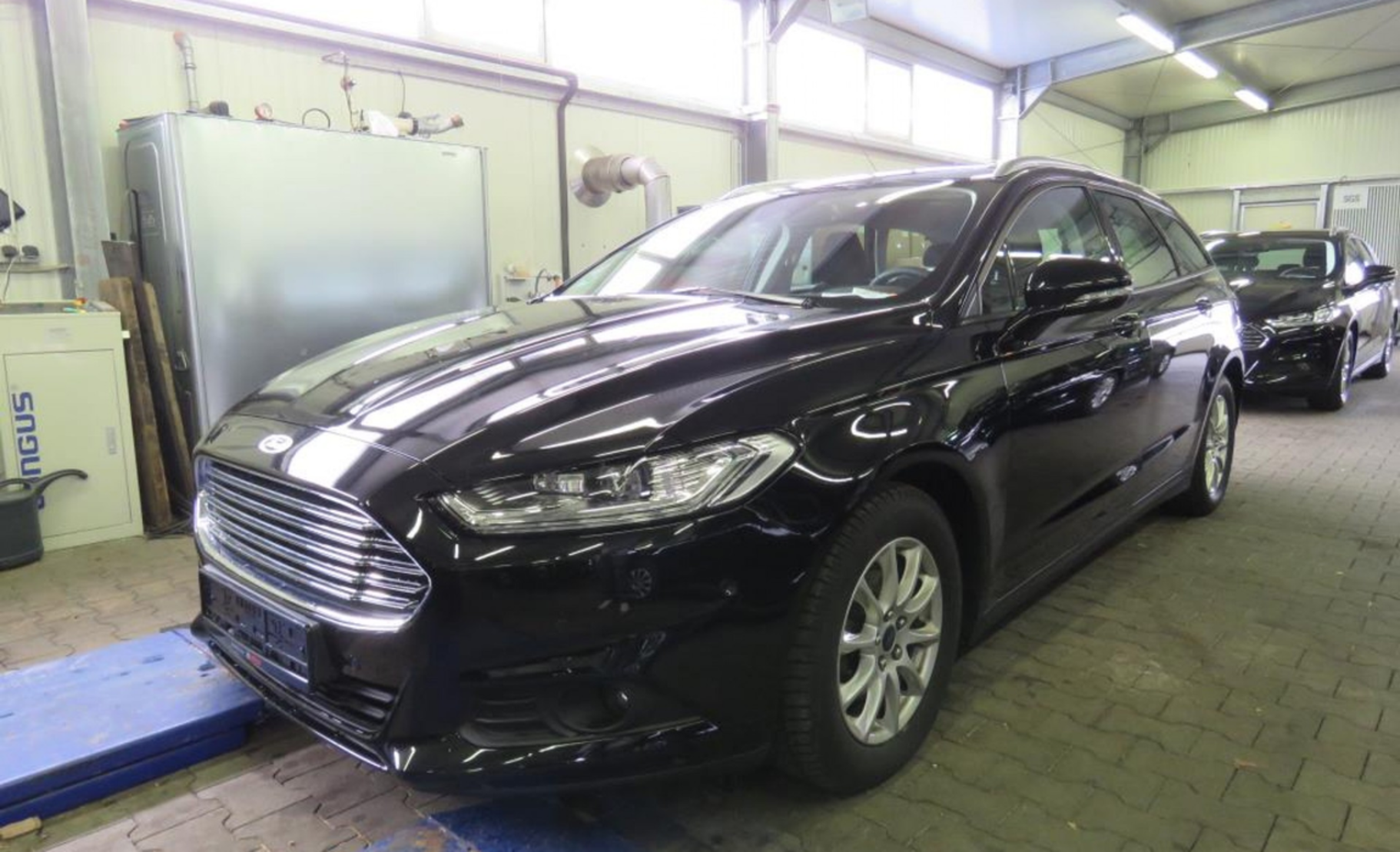 Ford Mondeo Turnier 2.0 TDCi Start-Stop Aut. Business Edition (689005) detail1
