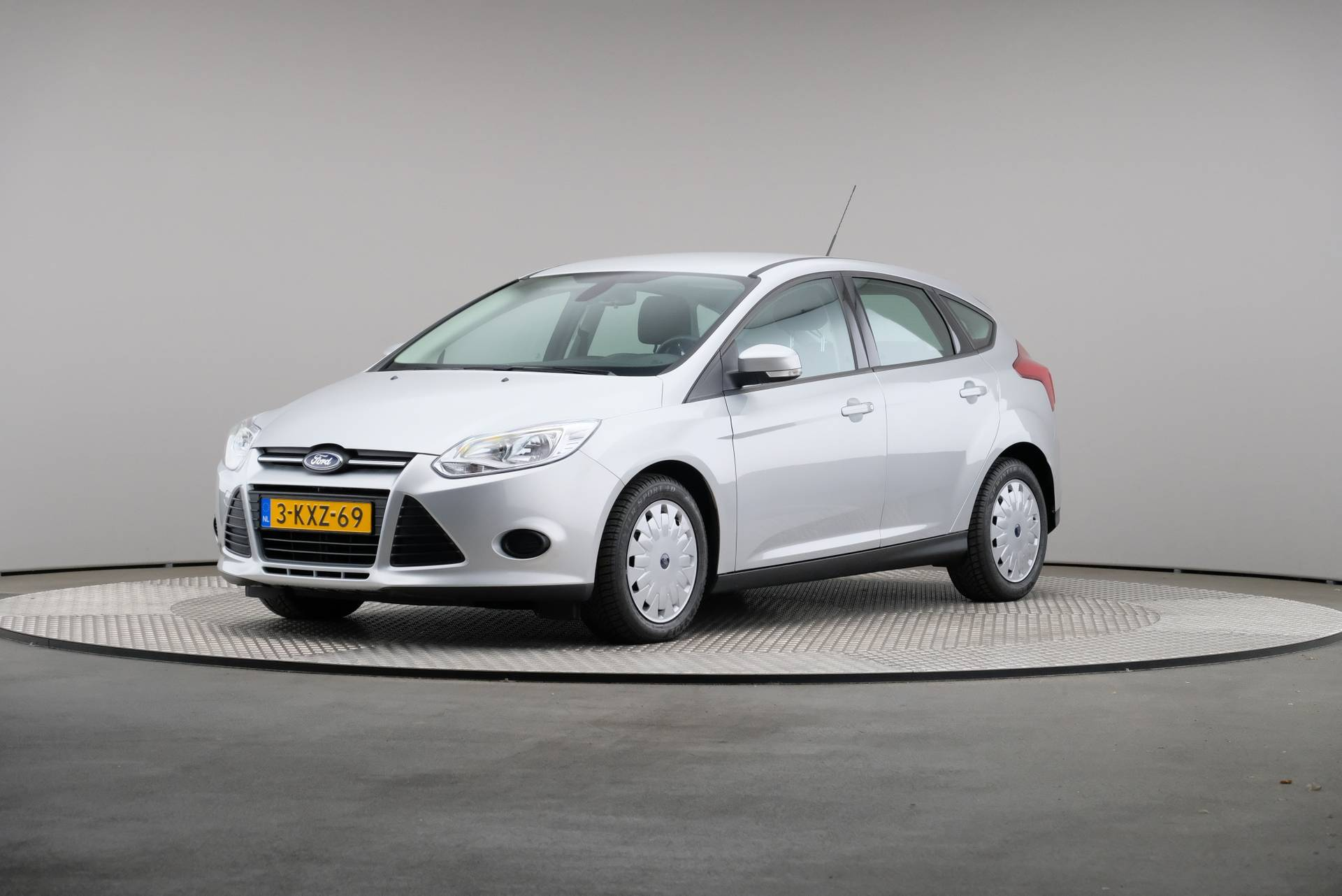 Ford Focus 1.6 TDCi ECOn Lease Trend, Navigatie, 360-image0