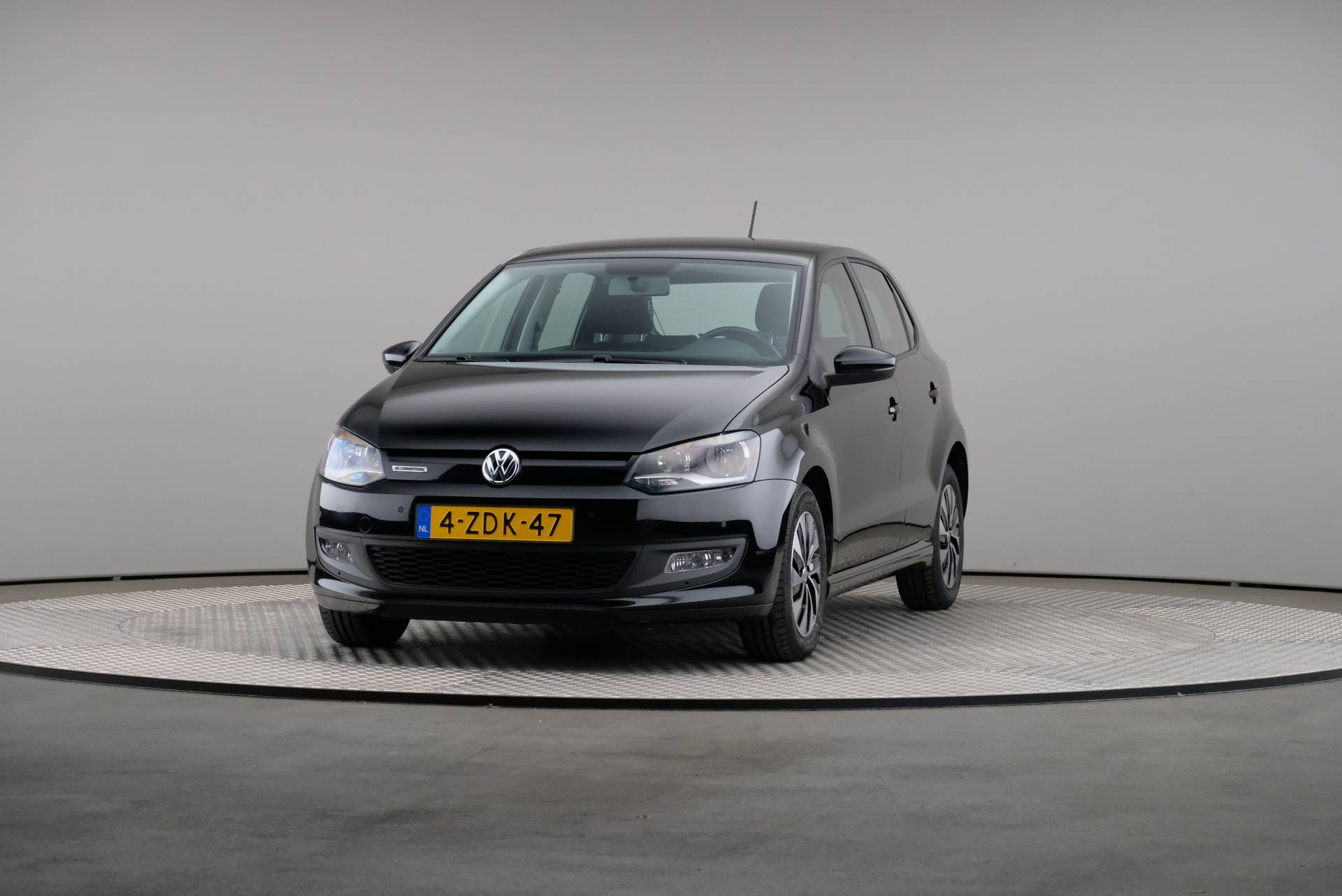 Volkswagen Polo 1.4 TDI BlueMotion Executive plus, Navigatie, 360-image34