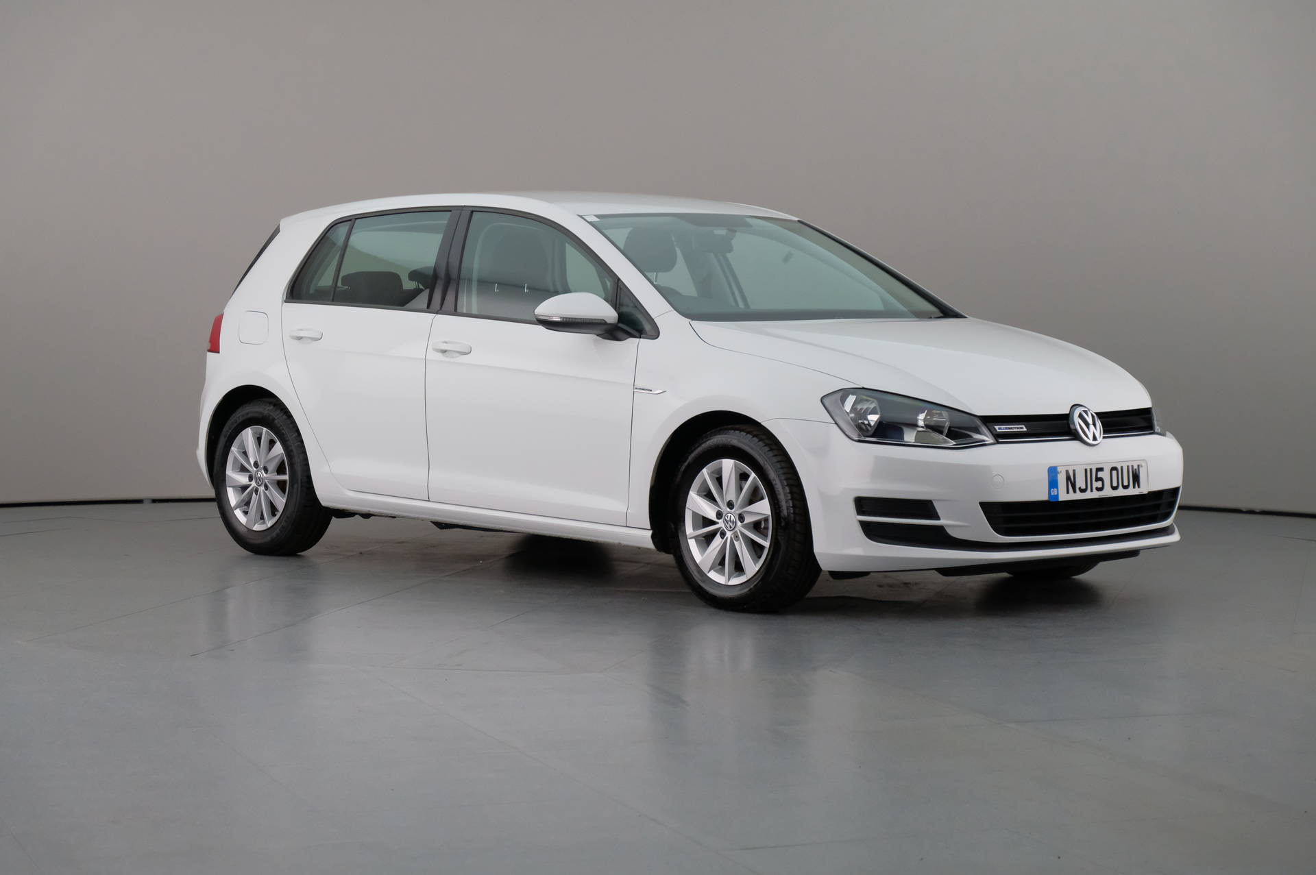 Volkswagen Golf 1.6TDi BLUEMOTION 5DR, 360-image0