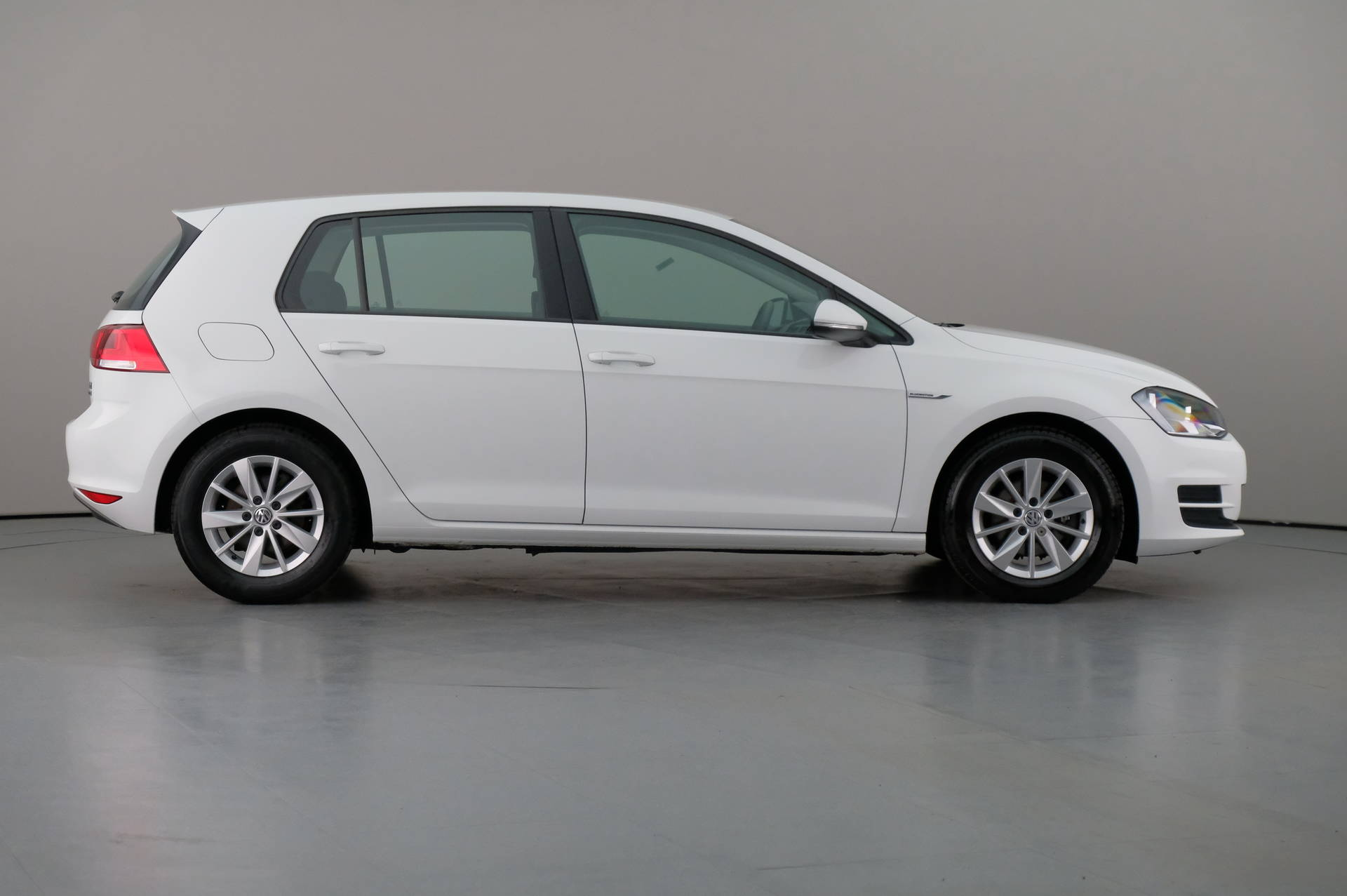 Volkswagen Golf 1.6TDi BLUEMOTION 5DR, 360-image31