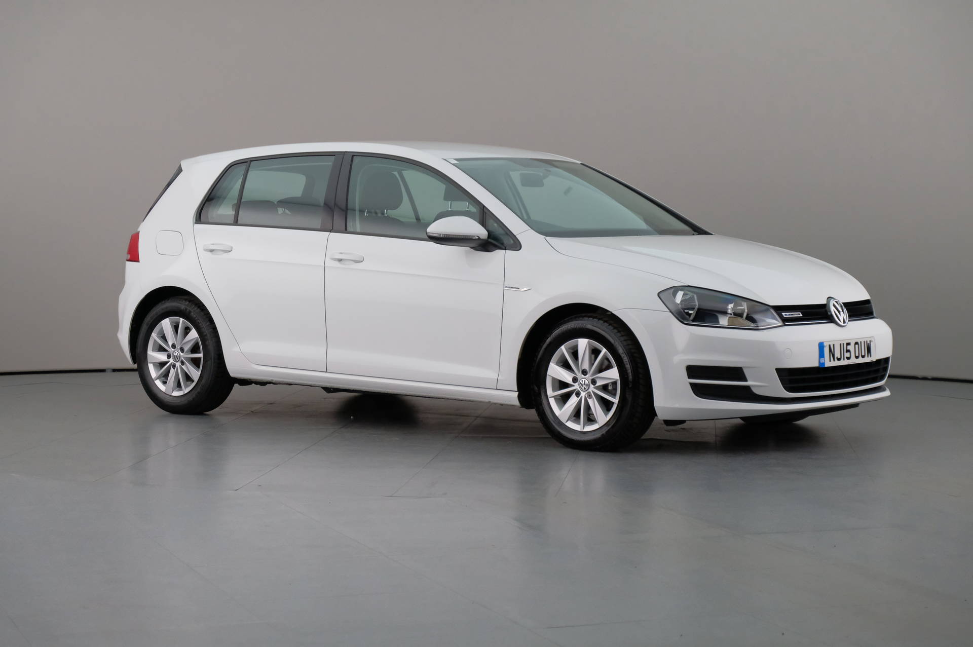 Volkswagen Golf 1.6TDi BLUEMOTION 5DR, 360-image35