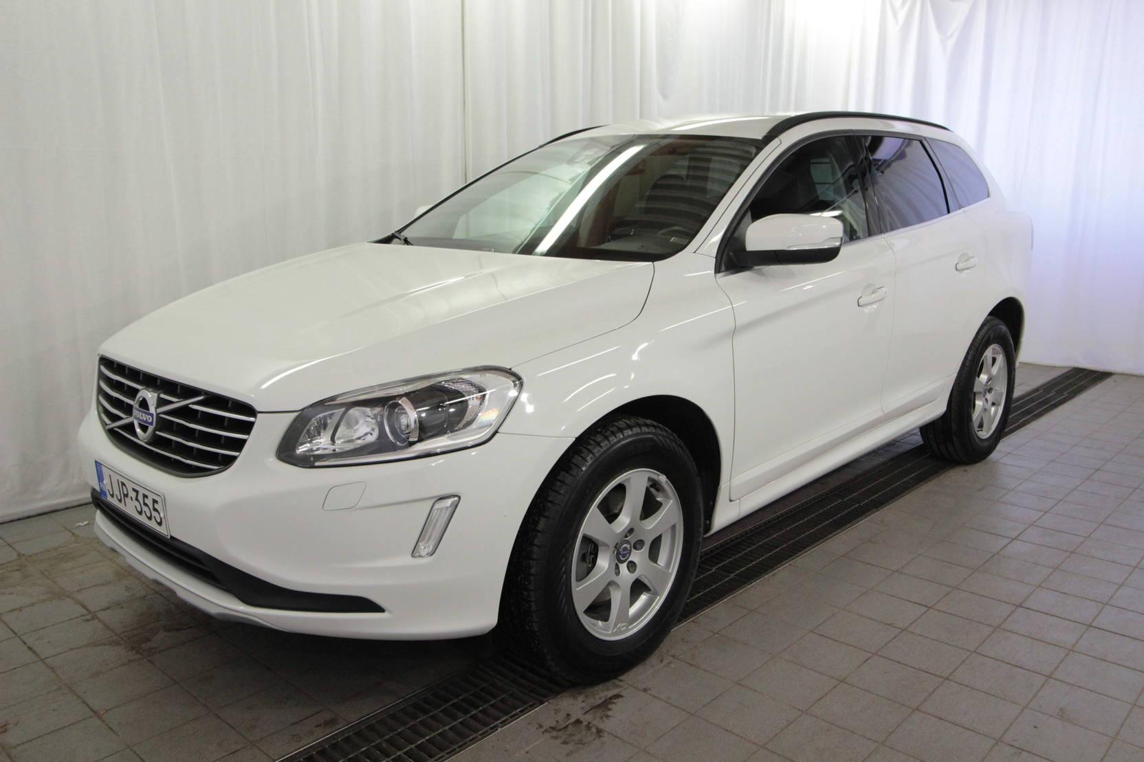 Volvo XC60 D4 Awd Business detail1
