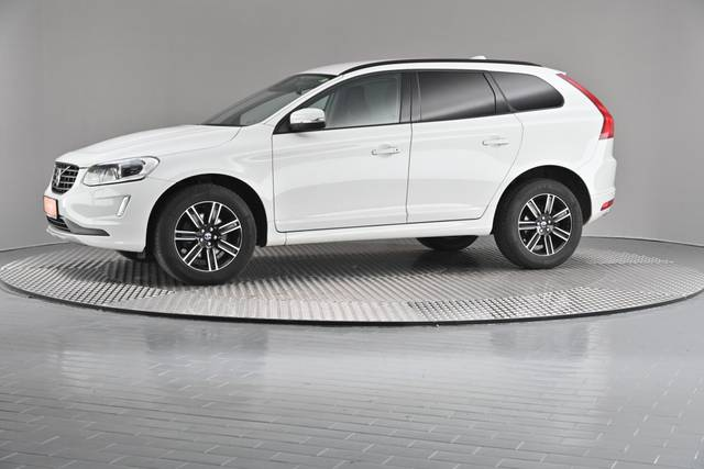 Volvo XC60 D4 Kinetic Geartronic (883257)-360 image-2