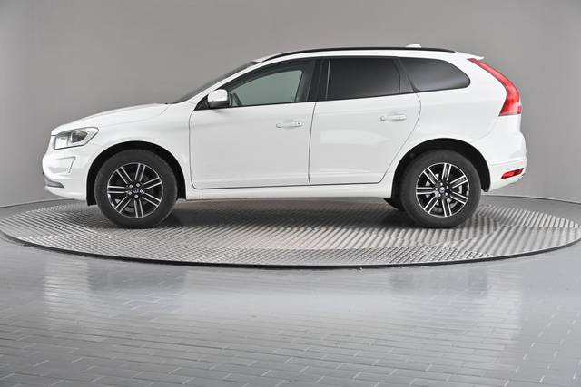 Volvo XC60 D4 Kinetic Geartronic (883257)-360 image-4