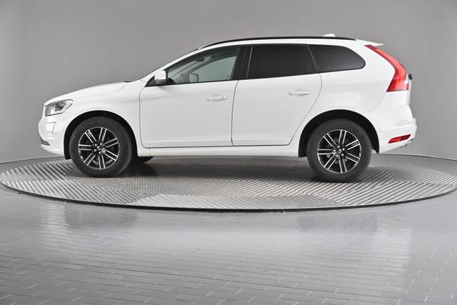 Volvo XC60 D4 Kinetic Geartronic (883257)-360 image-5