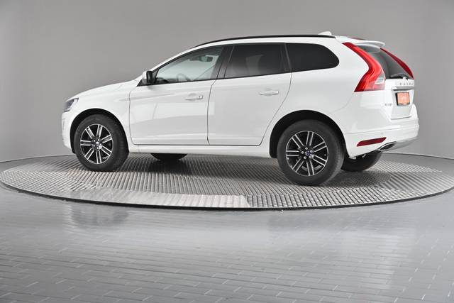Volvo XC60 D4 Kinetic Geartronic (883257)-360 image-7