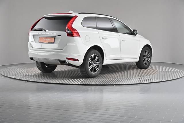 Volvo XC60 D4 Kinetic Geartronic (883257)-360 image-17