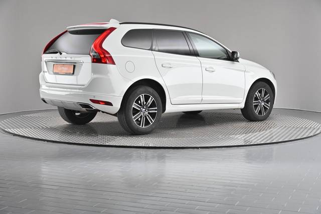 Volvo XC60 D4 Kinetic Geartronic (883257)-360 image-18