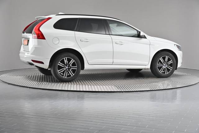 Volvo XC60 D4 Kinetic Geartronic (883257)-360 image-20