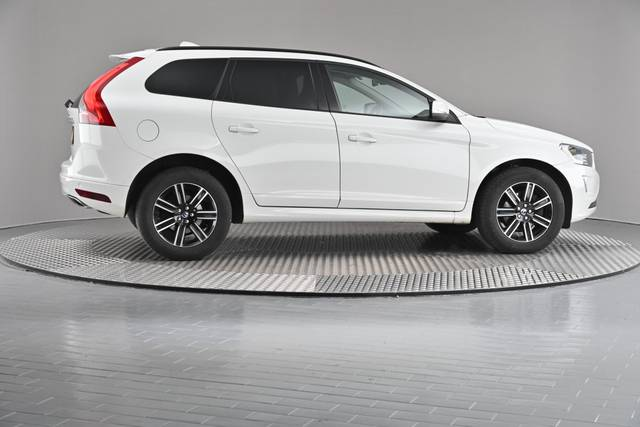 Volvo XC60 D4 Kinetic Geartronic (883257)-360 image-21