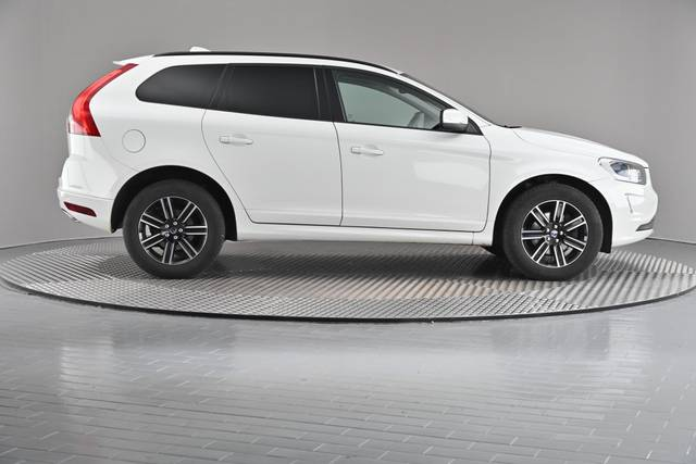 Volvo XC60 D4 Kinetic Geartronic (883257)-360 image-22