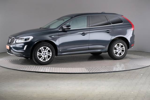 Volvo XC60 D3 Geartronic Momentum-360 image-2