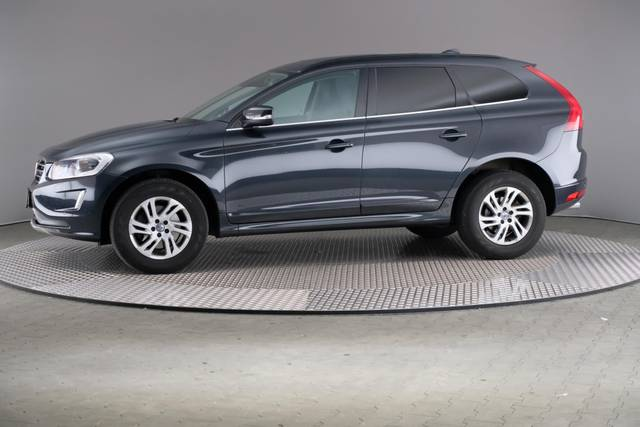 Volvo XC60 D3 Geartronic Momentum-360 image-3