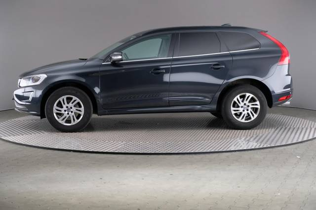 Volvo XC60 D3 Geartronic Momentum-360 image-4