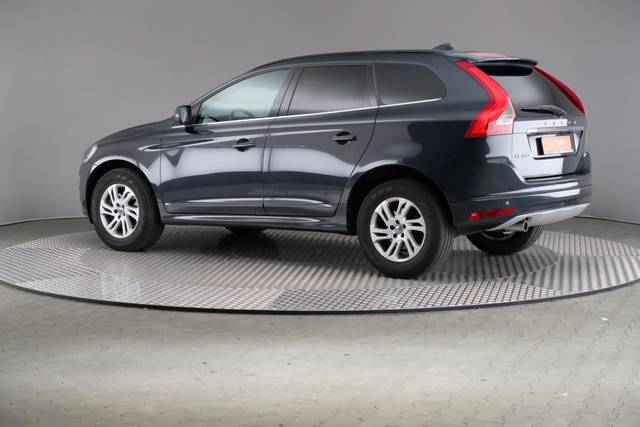 Volvo XC60 D3 Geartronic Momentum-360 image-8