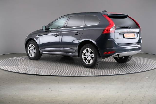 Volvo XC60 D3 Geartronic Momentum-360 image-9