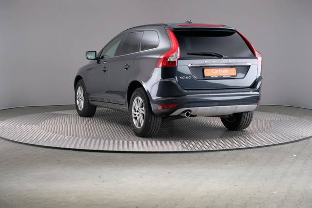 Volvo XC60 D3 Geartronic Momentum-360 image-11