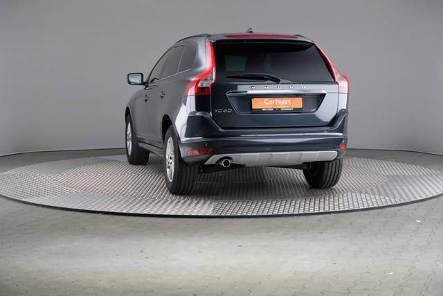 Volvo XC60 D3 Geartronic Momentum-360 image-12