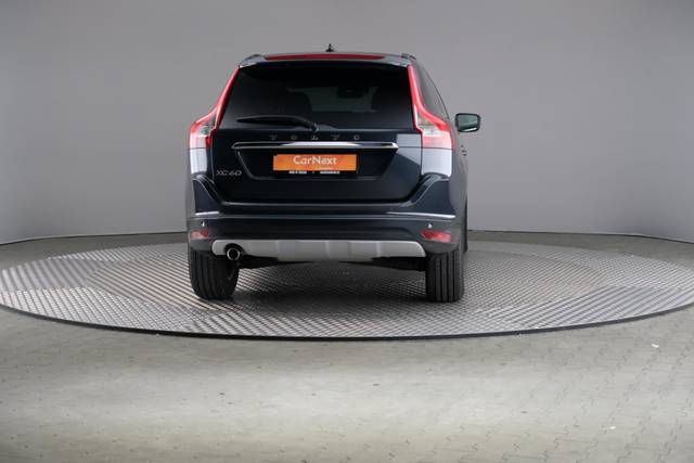 Volvo XC60 D3 Geartronic Momentum-360 image-14