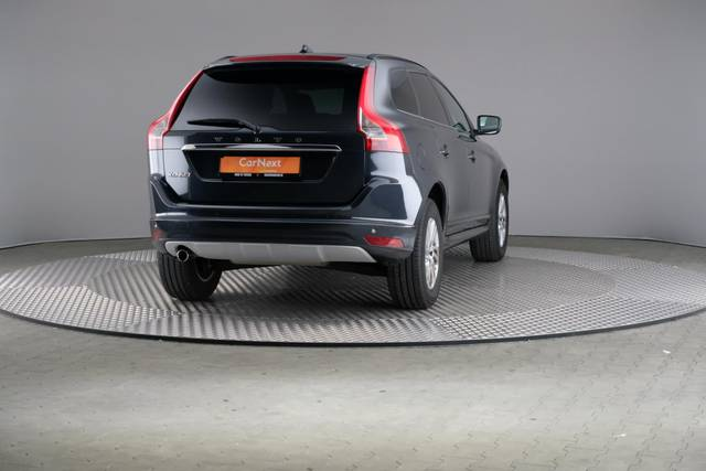 Volvo XC60 D3 Geartronic Momentum-360 image-15