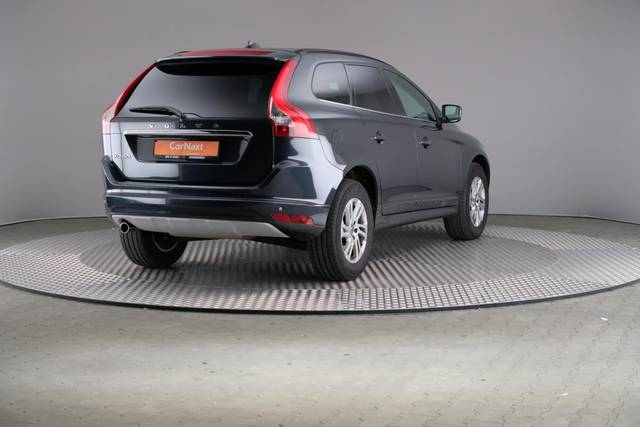 Volvo XC60 D3 Geartronic Momentum-360 image-16