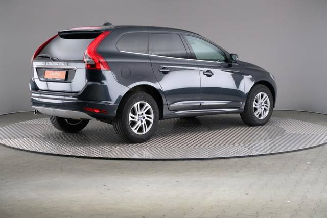 Volvo XC60 D3 Geartronic Momentum-360 image-18