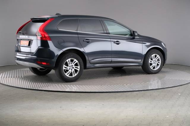 Volvo XC60 D3 Geartronic Momentum-360 image-19