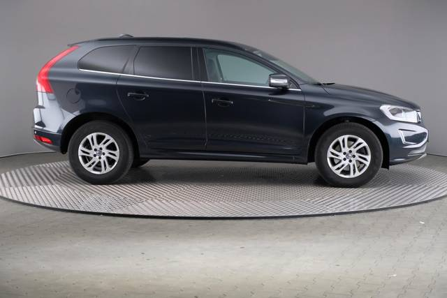 Volvo XC60 D3 Geartronic Momentum-360 image-23