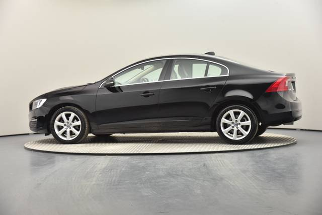 Volvo S60 D2 Geartronic, Momentum-360 image-15