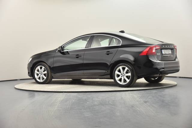 Volvo S60 D2 Geartronic, Momentum-360 image-17
