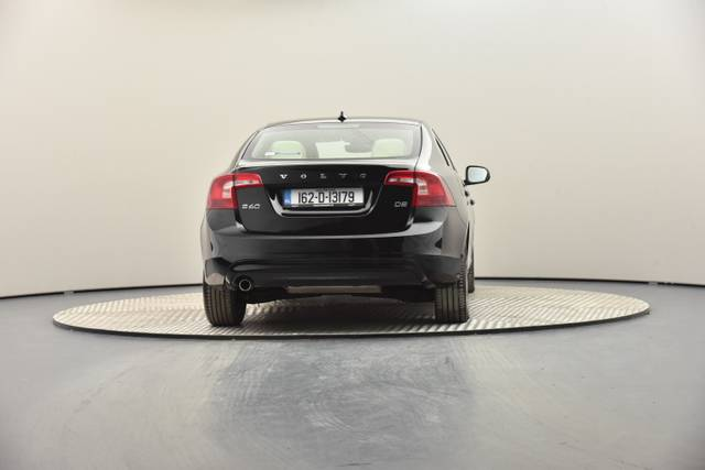 Volvo S60 D2 Geartronic, Momentum-360 image-23