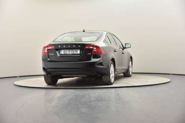 Volvo S60 D2 Geartronic, Momentum-360 image-24