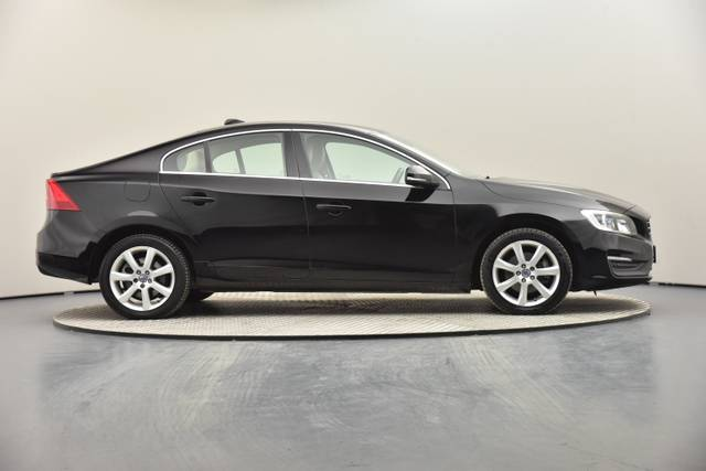 Volvo S60 D2 Geartronic, Momentum-360 image-32