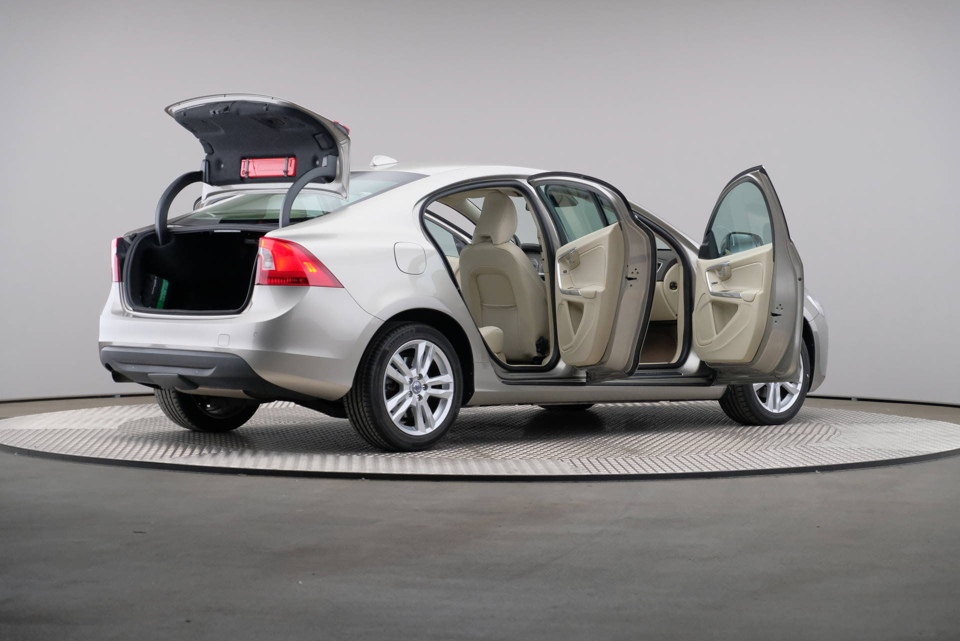 Volvo S60 2.0 D4 163pk Summum Business, Driver Support Line, Trekhaak, Xenon, 360-image55