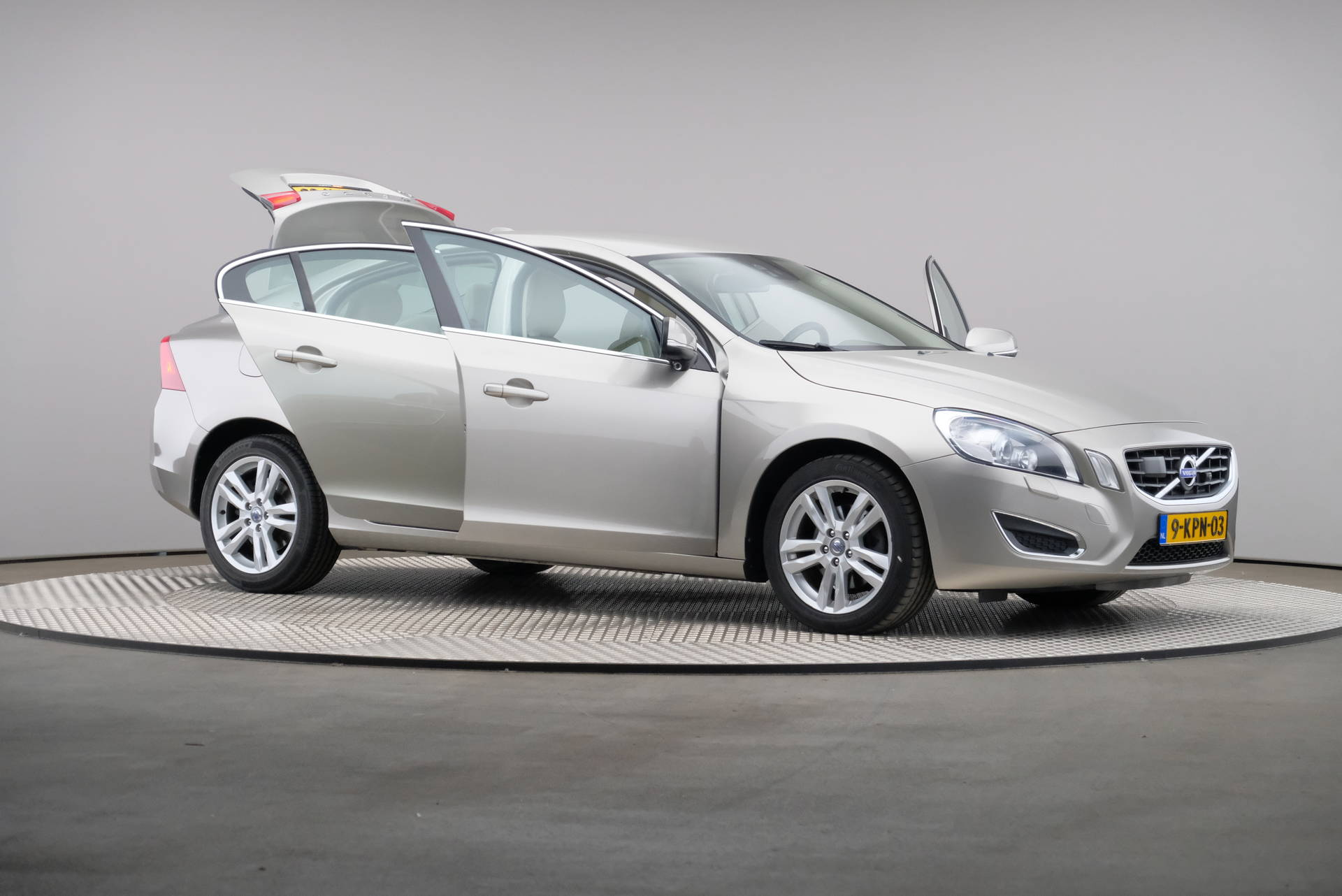 Volvo S60 2.0 D4 163pk Summum Business, Driver Support Line, Trekhaak, Xenon, 360-image63
