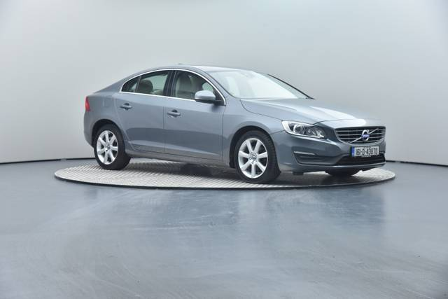 Volvo S60 D4 Geartronic, Momentum-360 image-0