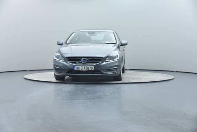 Volvo S60 D4 Geartronic, Momentum-360 image-5