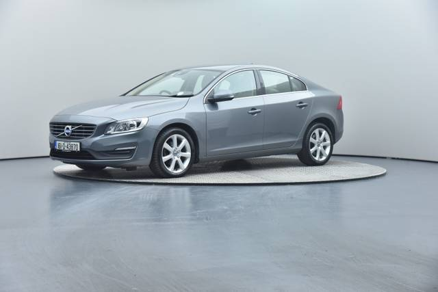 Volvo S60 D4 Geartronic, Momentum-360 image-9