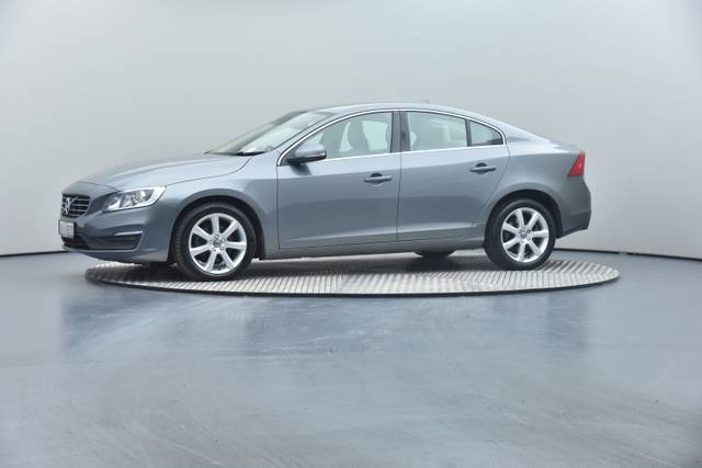 Volvo S60 D4 Geartronic, Momentum-360 image-11