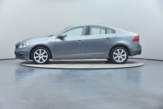 Volvo S60 D4 Geartronic, Momentum-360 image-13