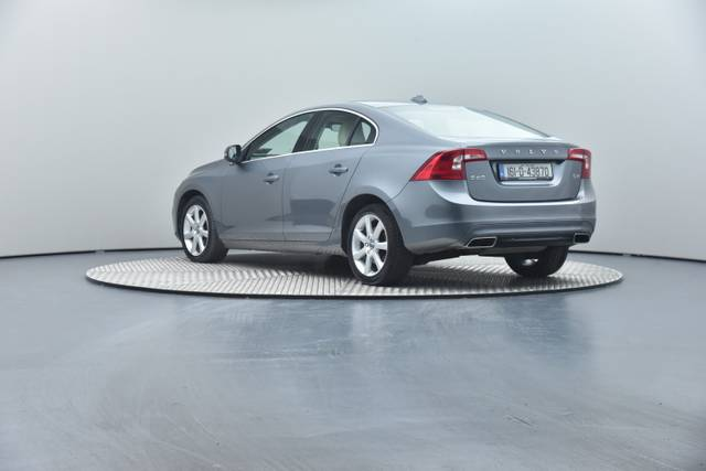 Volvo S60 D4 Geartronic, Momentum-360 image-19