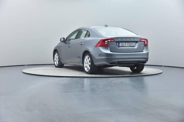 Volvo S60 D4 Geartronic, Momentum-360 image-20
