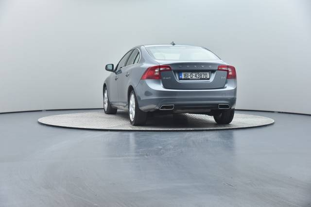 Volvo S60 D4 Geartronic, Momentum-360 image-21