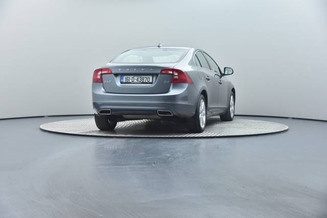 Volvo S60 D4 Geartronic, Momentum-360 image-24