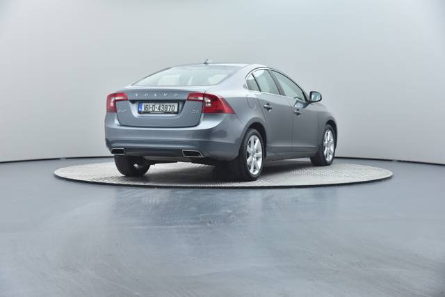 Volvo S60 D4 Geartronic, Momentum-360 image-25